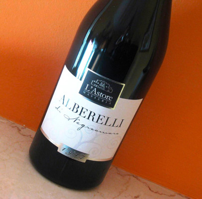 etichetta elegante 406x400 Progetto grafico etichette vino LAstore   Cutrofiano (Le)