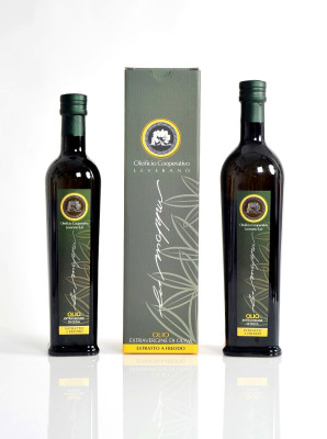 confezione olio 298x400 Progetto grafico Packaging Oleificio Cooperativo   Leverano (Lecce)