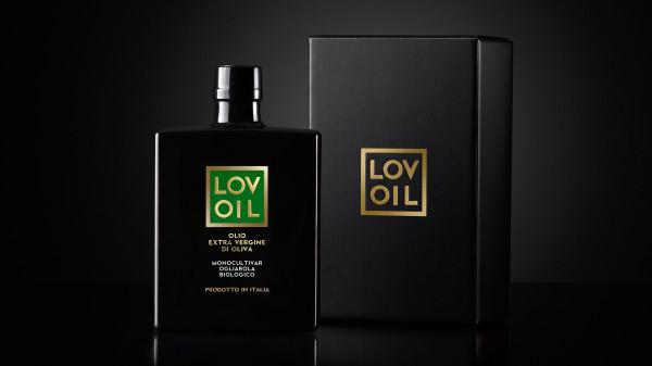 design confezione olio 600x337 Progetto linea etichette Olio   Lovoil