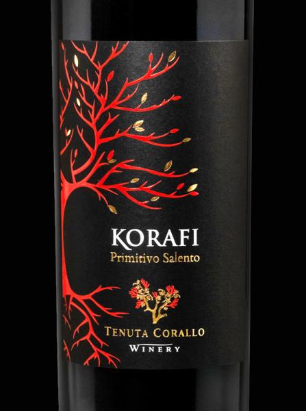 etichette pregiate 447x600 Grafica etichetta vino primitivo   Korafi  Tenuta Corallo